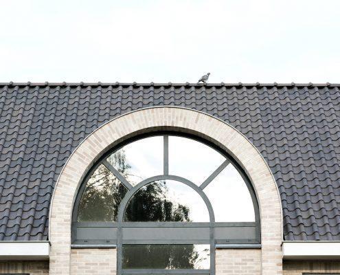 Getoogde dakkapel voorzien van zetwerk op maat - Woonhuis Bemmel