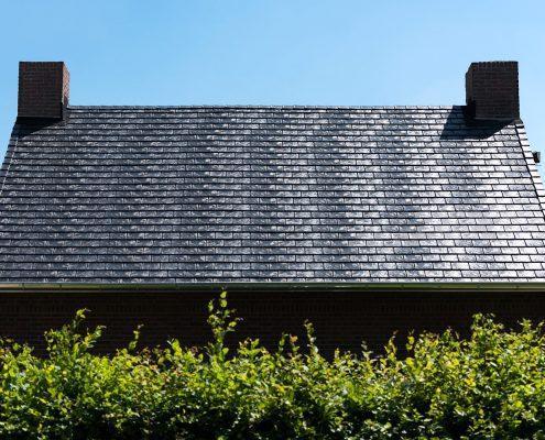 Woning gerenoveerd met Eurolite Slate rubber dakleien en zink op maat - Koningsbosch