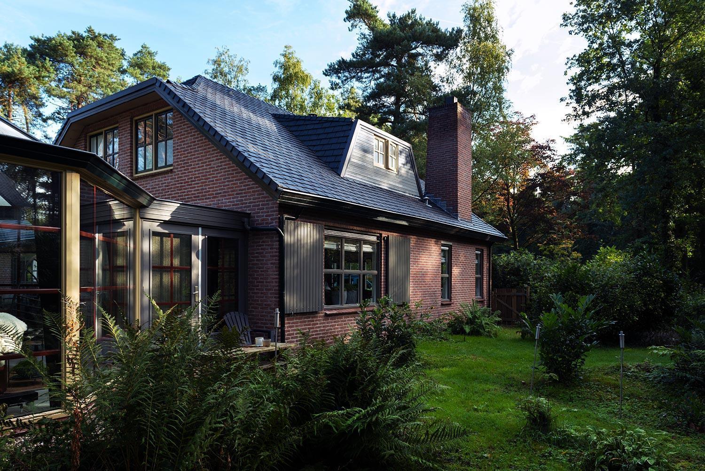 Woonhuis gerenoveerd met Eurolite Slate rubber dakleijen - Eerbeek