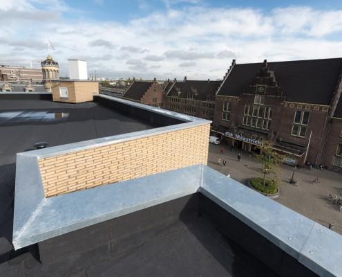 Dakmaterialen en Zetwerk - Kaboom Hotel Maastricht