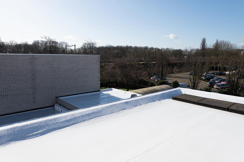 Hittereflecterend en waterdicht dak dankzij renovatie met Enduris Vloeibare dakbedekking - Den Bosch