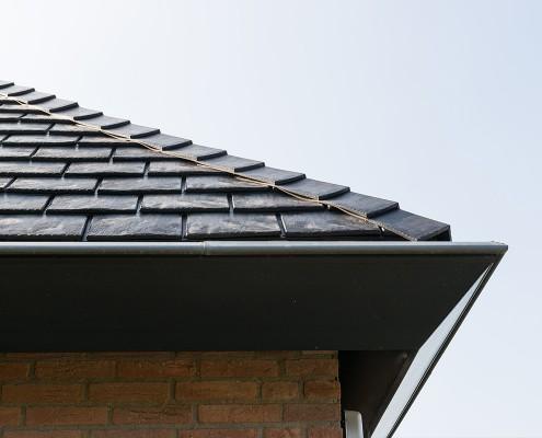 Eurolite Slate hoogwaardige rubber dakleien, een van de drie soorten uit ons assortiment shingles, leien en pannen.
