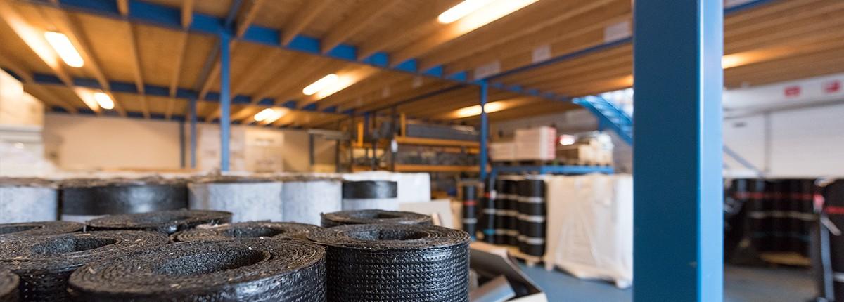 Het magazijn van Aabo Trading Utrecht.