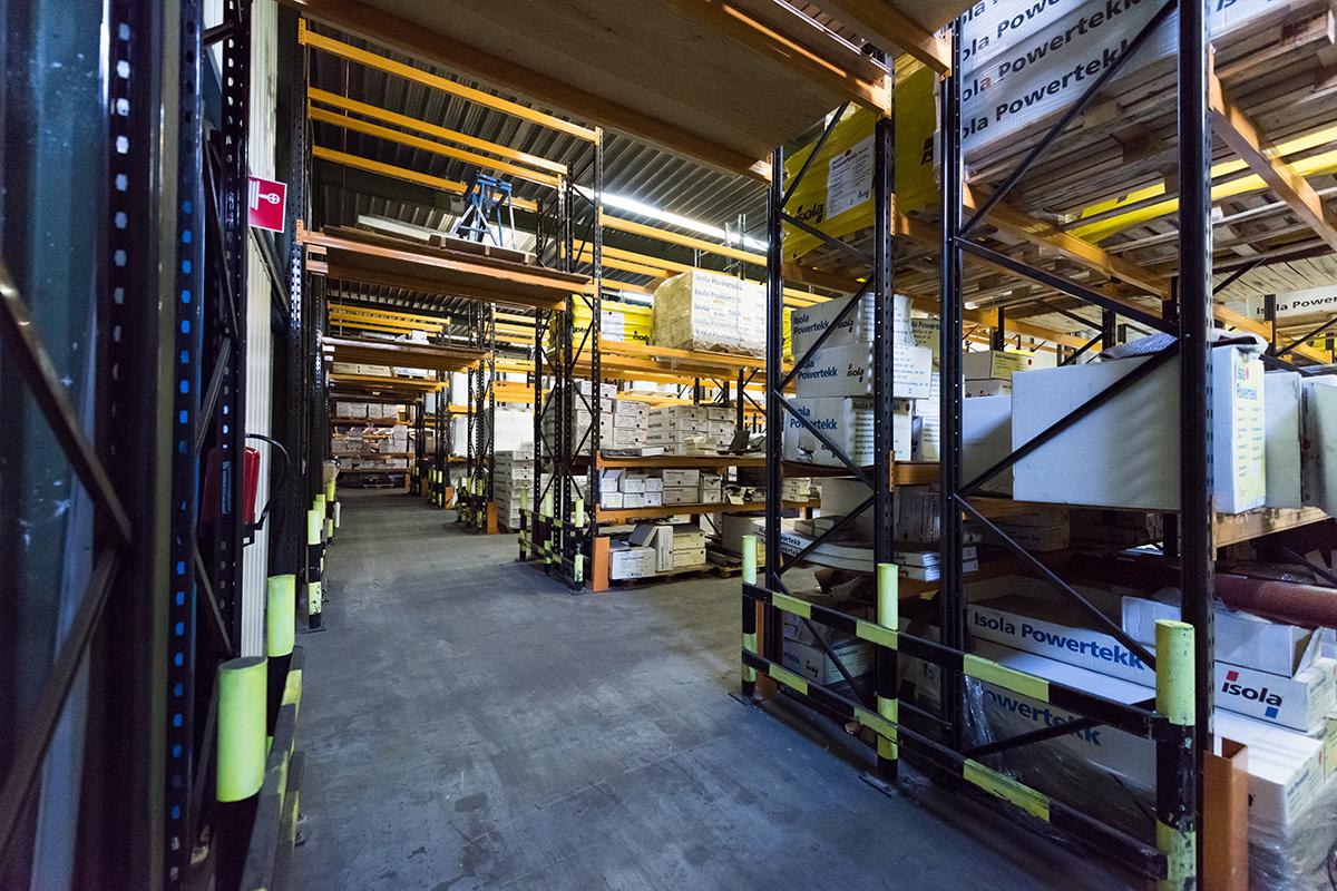 Het magazijn van Aabo Trading Zoetermeer.